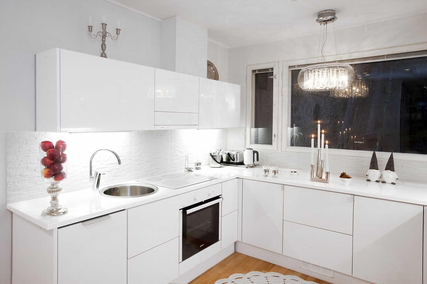 Moderni keittiö, Sisustus  keittiö, Gloria keittiöt