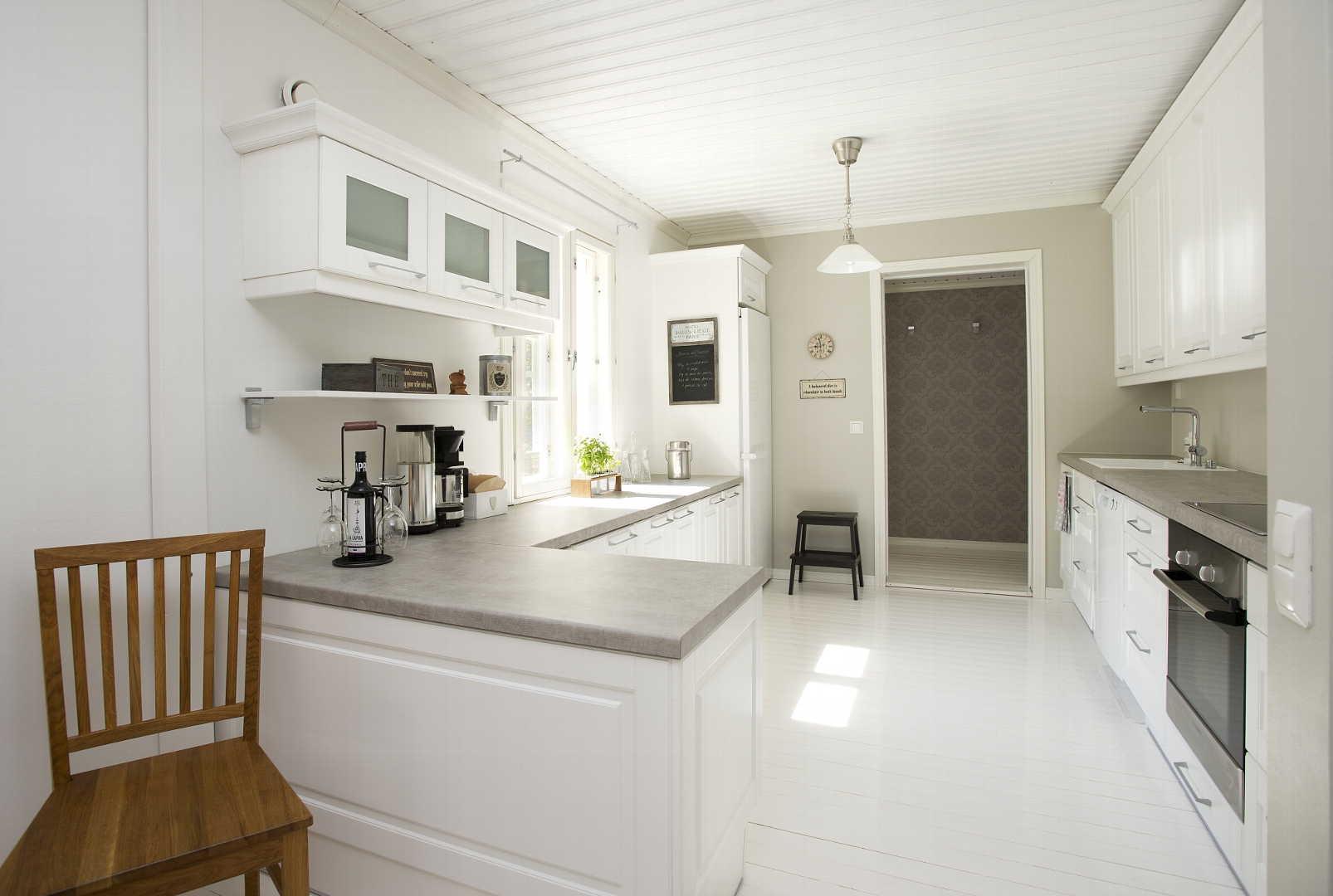 Perinteinen keittiö, Sisustus  keittiö, Gloria keittiöt, 52950923498e5d0348a