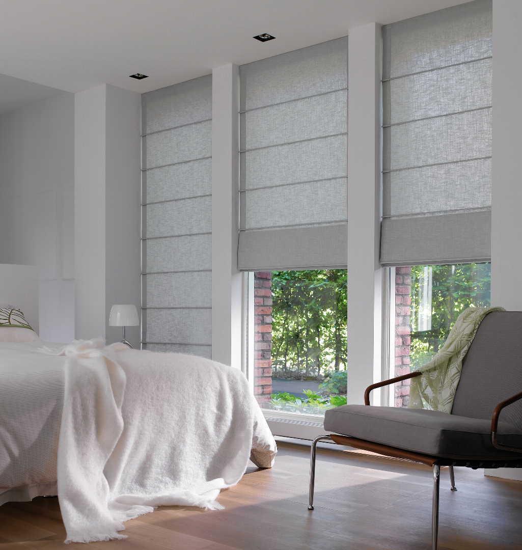 kaihtimet makuuhuoneessa Luxaflex