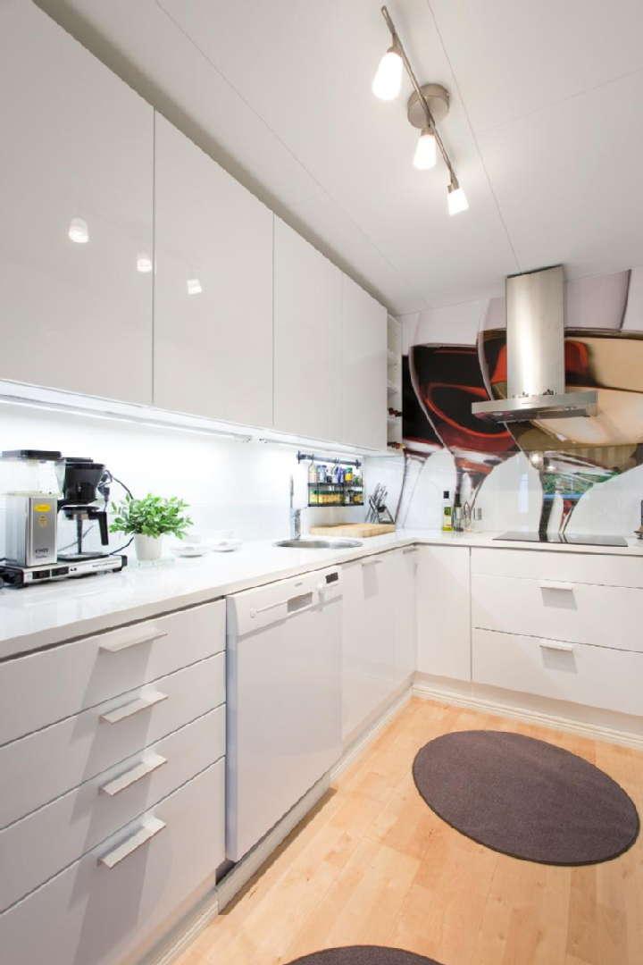 Moderni keittiö, Sisustus  keittiö, Huom!  Suomen