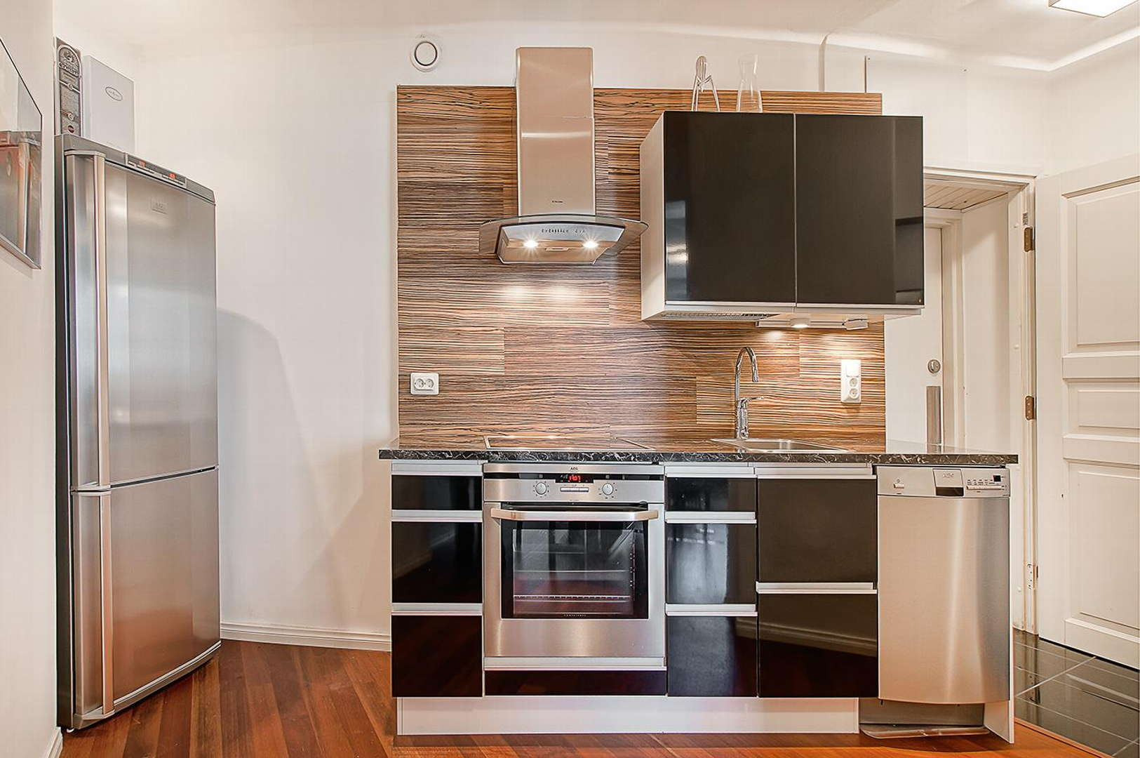 Moderni keittiö, Sisustus  keittiö, Huom!  Suomen Asuntopalvelut Oy, 53be4b