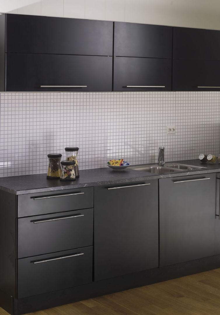 Moderni keittiö, Seinälevy, K rauta, 55880e74e4b02ca3926672d8  Etuovi com Si