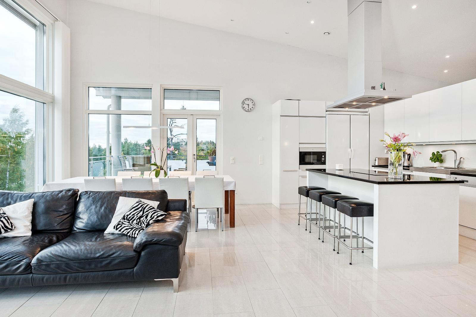 Moderni keittiö ruokailutila, Etuovi com Asunnot, 55e01892e4b0c08a2563271e